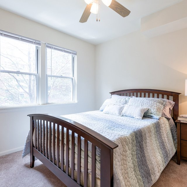 Apartments For Rent In University