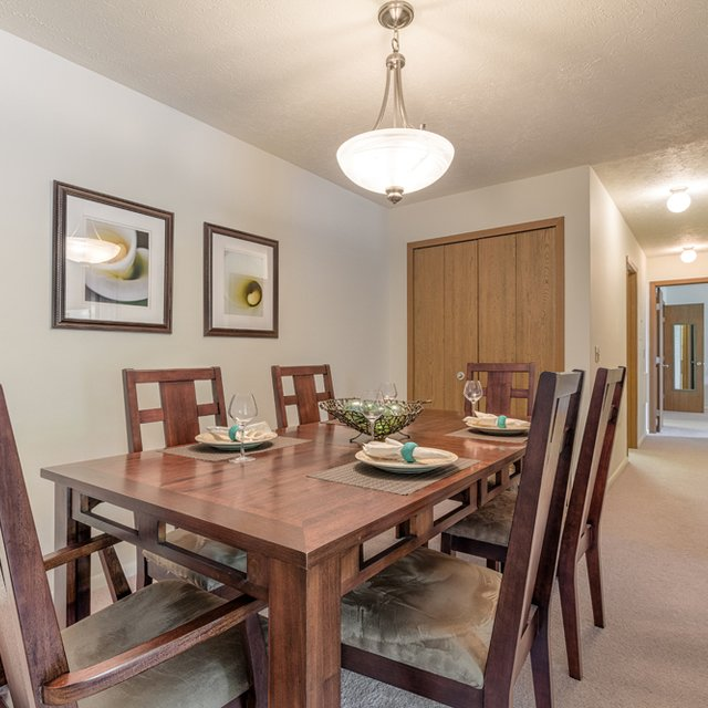 Apartments Hunter: Hunters Hollow Strongsville Apartments