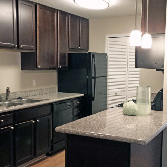 Carriage Hill Apartments In Chagrin Falls Ohio: Liberty Hill Apartments For Rent